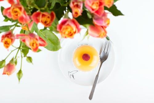 乳酪蛋糕, 桌子, 樹莓, 橙子 的 免費圖庫相片
