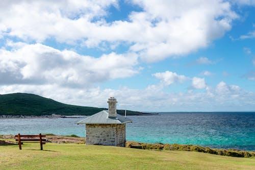 Kostnadsfri bild av bänkstol, blå himmel, fluffiga moln, fredlig