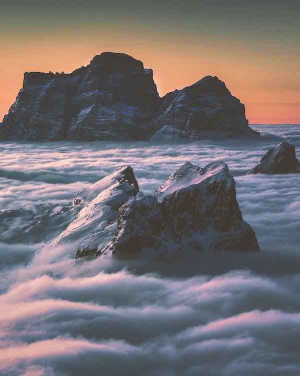 chmury, góry, krajobraz