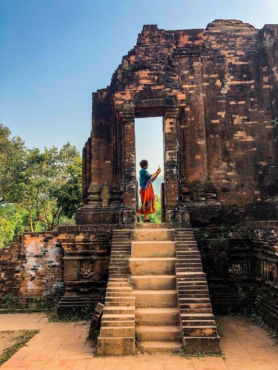 Археология, архитектура, буддийский монастырь