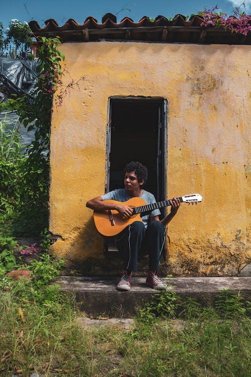 おとこ, ギター, コンクリート, ブラジルの無料の写真素材