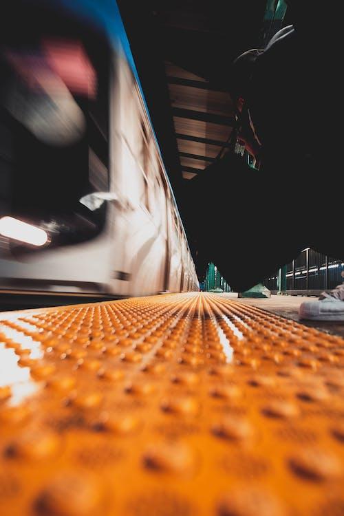 Kostnadsfri bild av abstrakt, arkitektur, fart, fordon