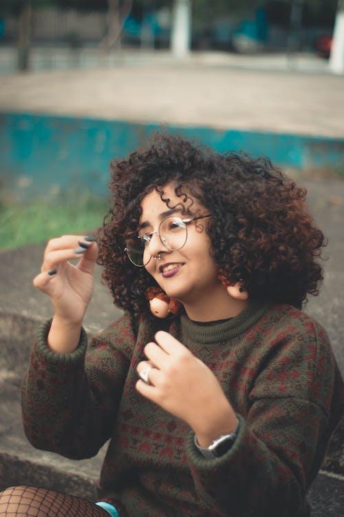 Ingyenes stockfotó álló kép, arckifejezés, divat, felnőtt témában