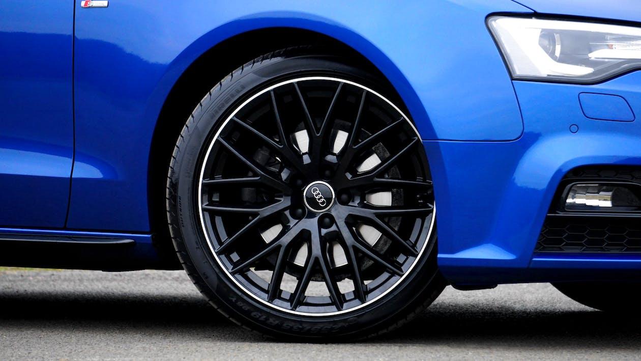 Black Vehicle Wheel and Tire