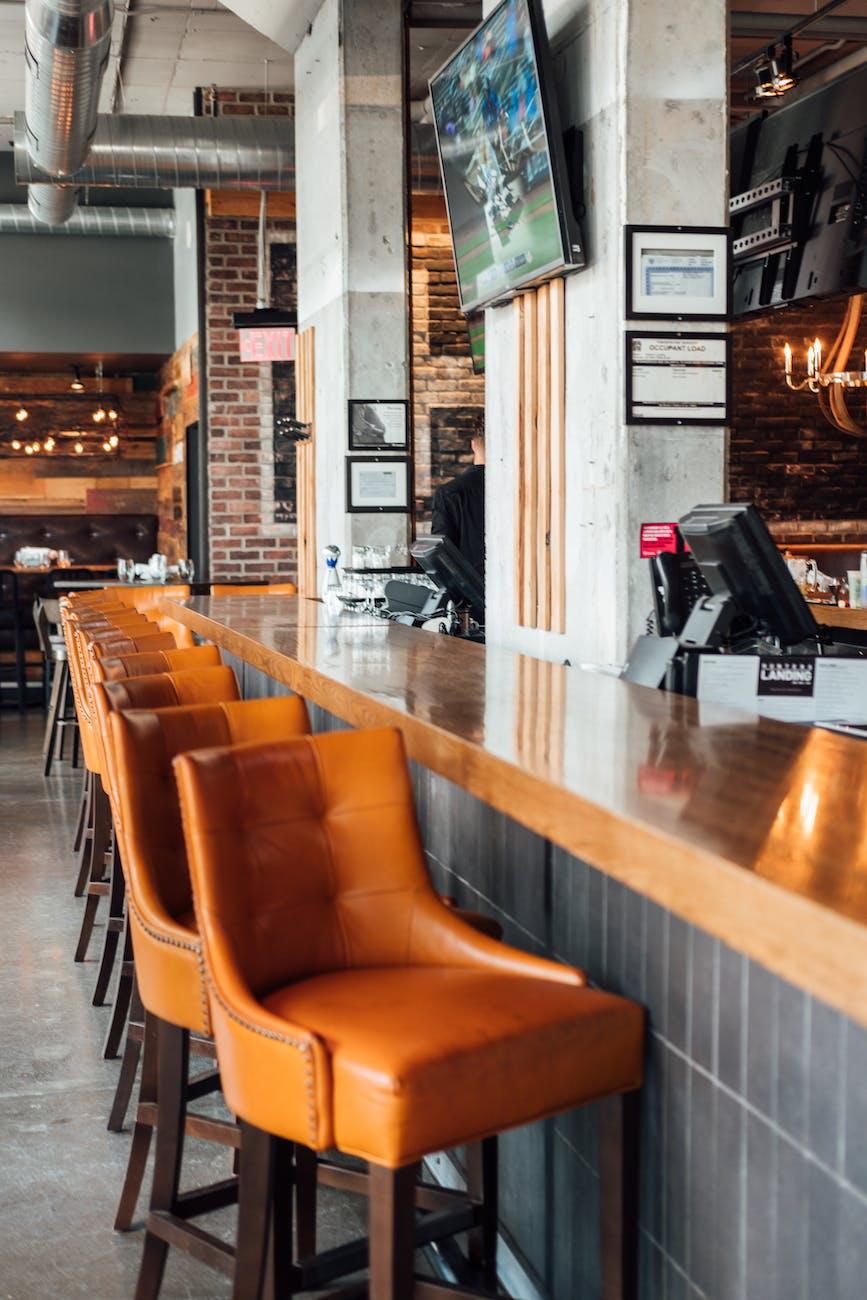Cafetería estilo industrial
