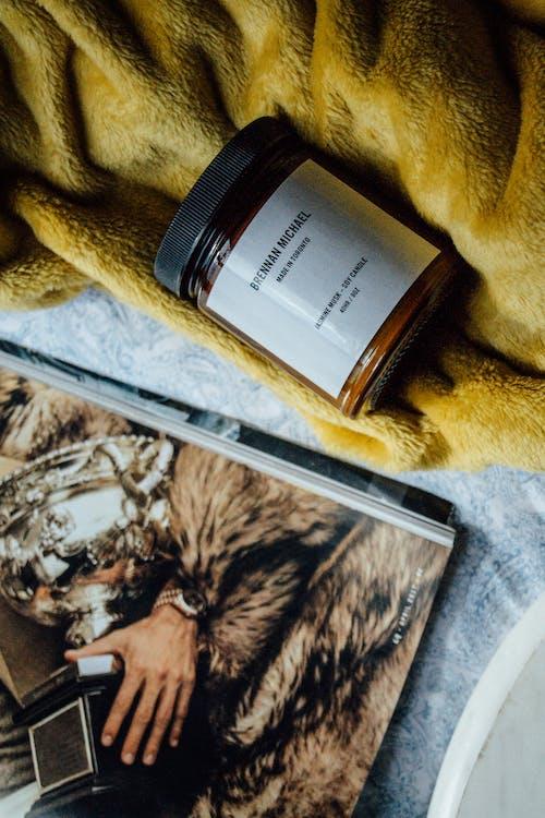 Fotobanka sbezplatnými fotkami na tému časopis, detailný záber, farba, fľaša