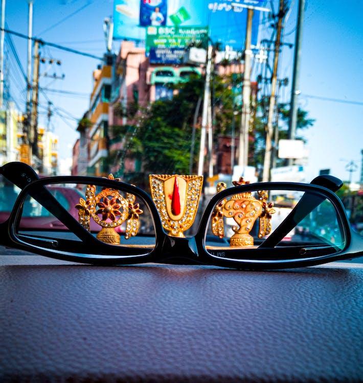 Бесплатное стоковое фото с бог, мобильный челендж, очки