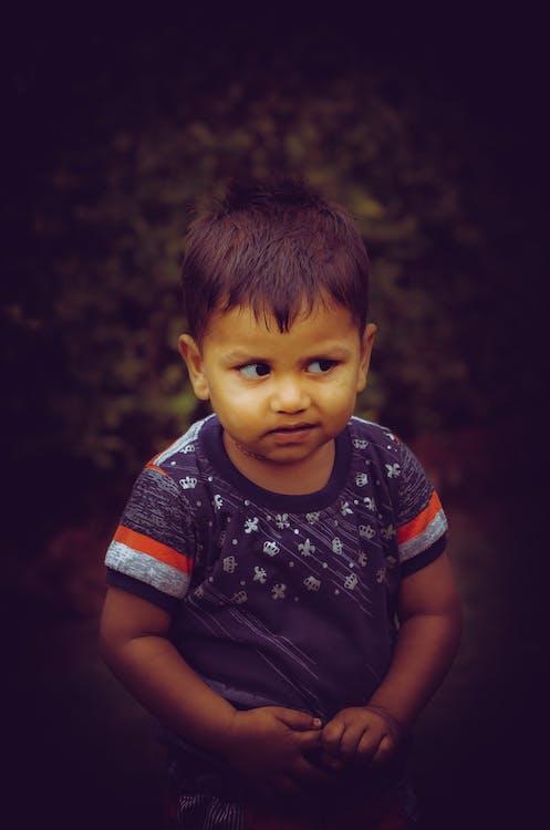 anak laki-laki India, anak-anak asia, bocah Asia