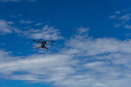 Základová fotografie zdarma na téma dron, dron skamerou, letadla, létání
