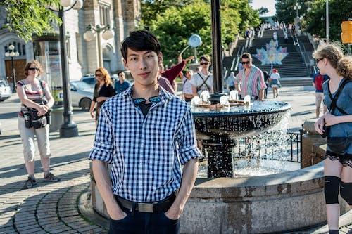 asya modeli, Asyalı, asyalı adam, Çeşme içeren Ücretsiz stok fotoğraf