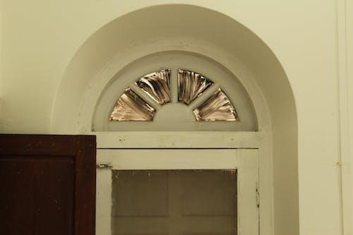 Ingyenes stockfotó ajtó, régi ajtók, szellőzés, ventilátor témában