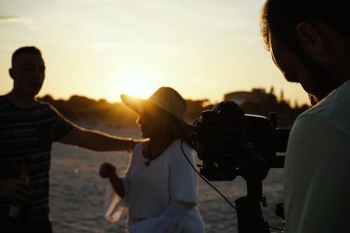 Foto d'estoc gratuïta de càmera, càmera de vídeo, capvespre, enregistrament
