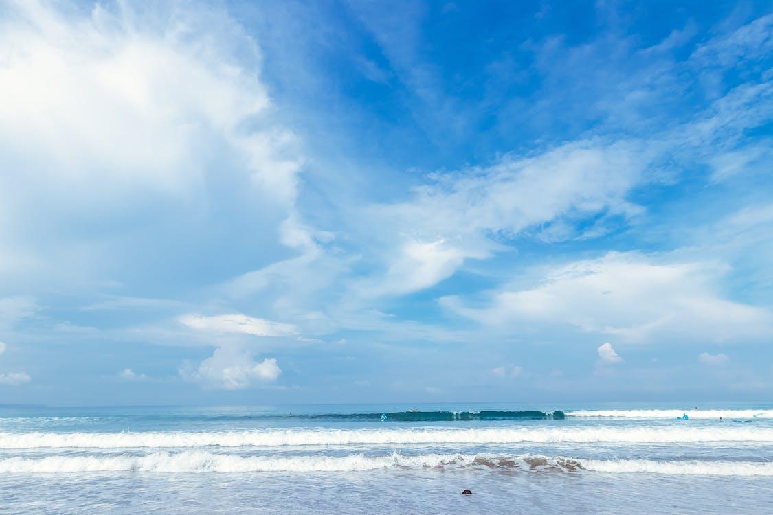 ακτή, αλατόνερο, γαλάζιος ουρανός