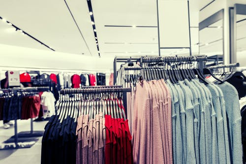 alan derinliği, alışveriş Merkezi, askı, astı içeren Ücretsiz stok fotoğraf