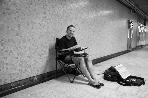 地鐵, 現場, 街头艺人, 音樂 的 免费素材照片