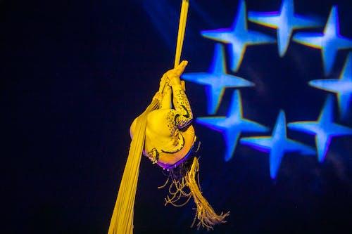Immagine gratuita di acrobazia, circo, mostrare, performer