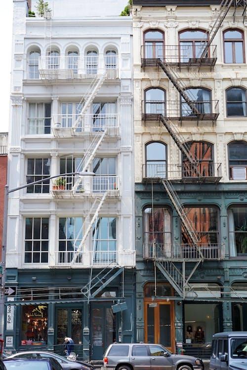 Ảnh lưu trữ miễn phí về ánh sáng ban ngày, các cửa sổ, các tòa nhà, kiến trúc