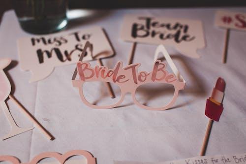 Безкоштовне стокове фото на тему «бант, весільна сторона, весільний душ, вечірка»