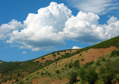 Foto stok gratis alam, awan, bukit