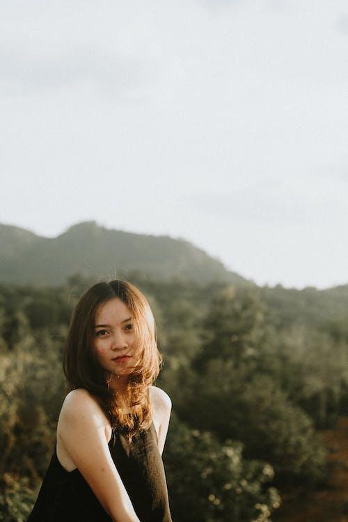 Kostnadsfri bild av ansiktsuttryck, asiatisk kvinna, attraktiv, fritid