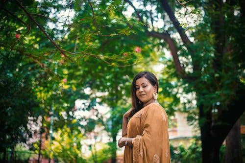 傳統服飾, 公園, 天性, 女人 的 免費圖庫相片