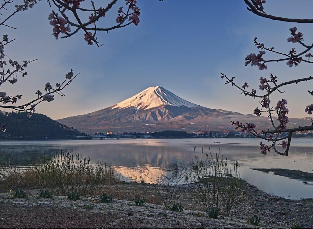 hora, horský vrchol, jazero