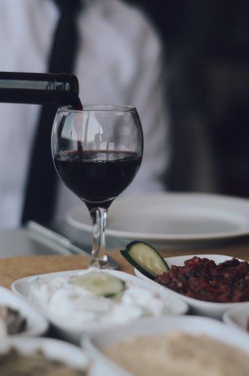Foto d'estoc gratuïta de abocant, alcohol, ampolla de vi, beguda