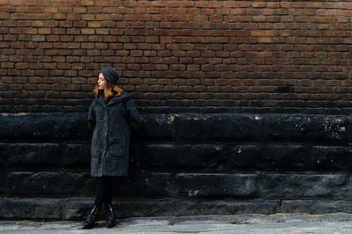 Foto d'estoc gratuïta de abric, bonic, carrer, desgast