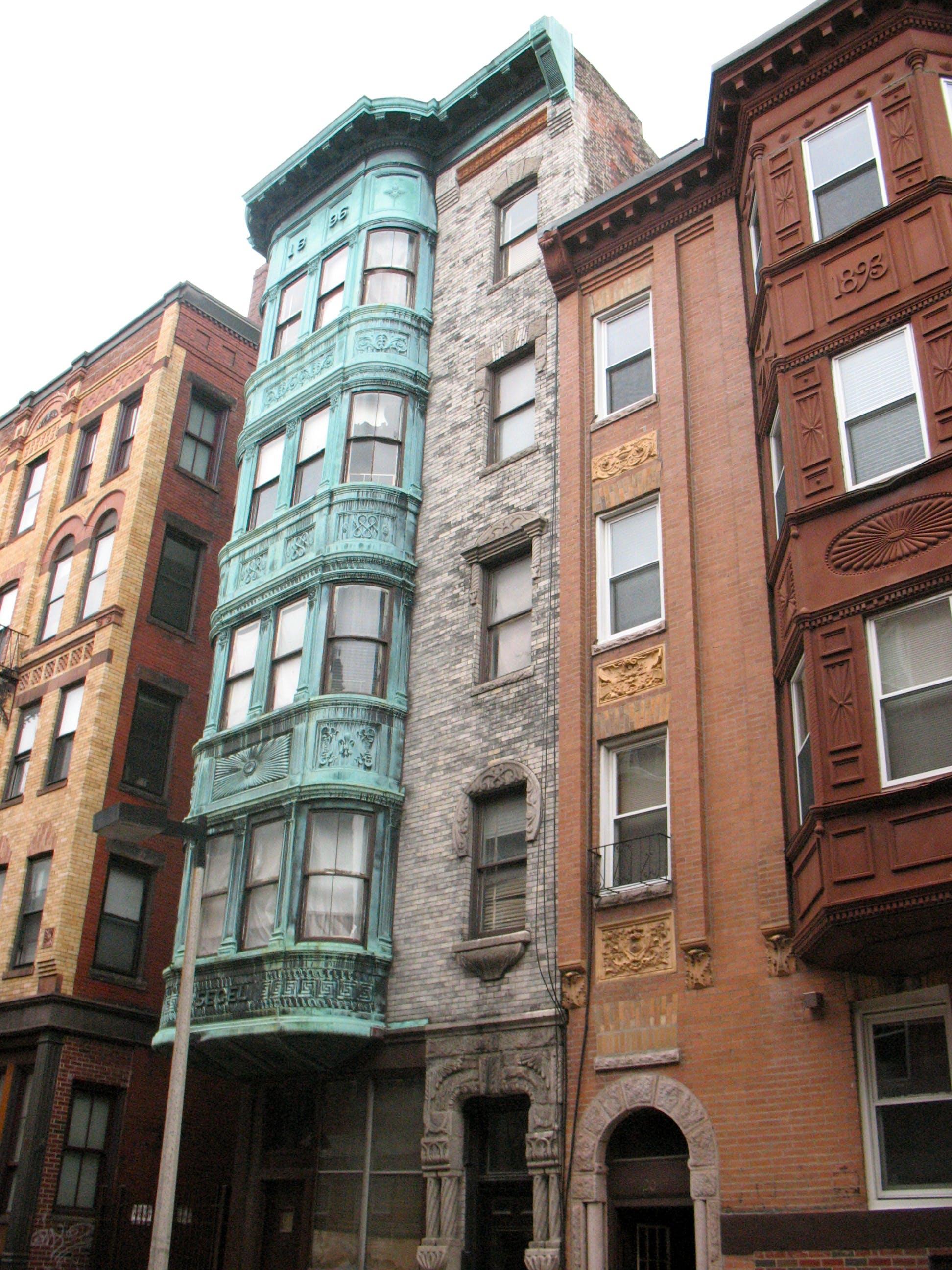 Foto d'estoc gratuïta de apartaments, arquitectura, ciutat, disseny arquitectònic