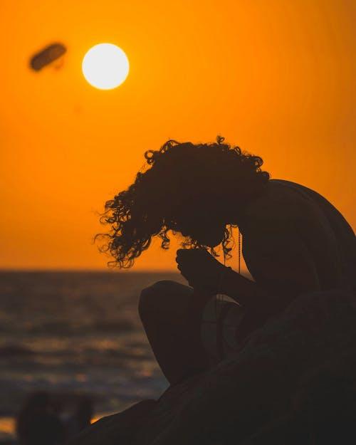 คลังภาพถ่ายฟรี ของ คน, ซิลูเอตต์, ดวงอาทิตย์, ตอนเย็น