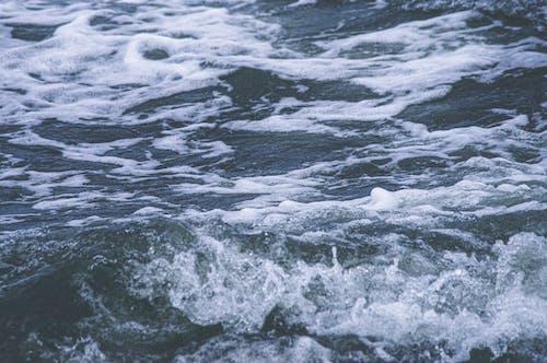 Fotos de stock gratuitas de Oceano, océano atlántico, océano azul, olas rompiendo