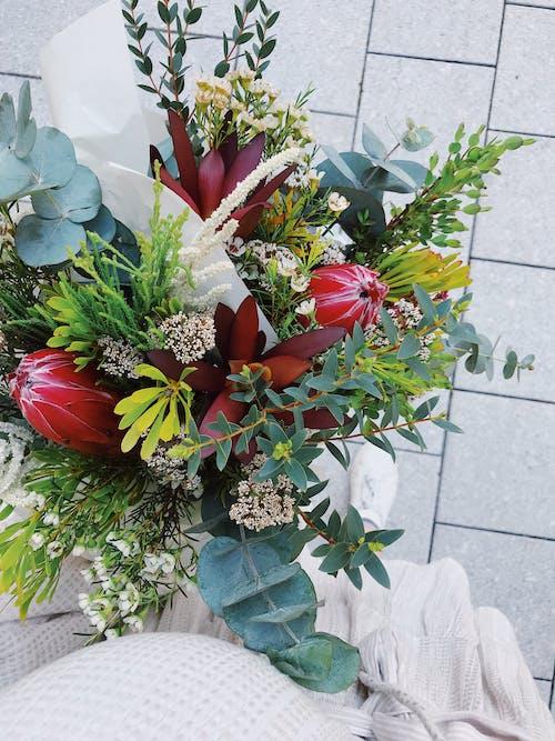 Foto profissional grátis de ao ar livre, arranjo de flores, buquê, celebração