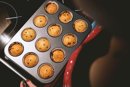 Gratis arkivbilde med bake, cupcakes, mat, søtsaker