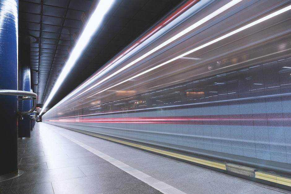 light streaks, speed, train station