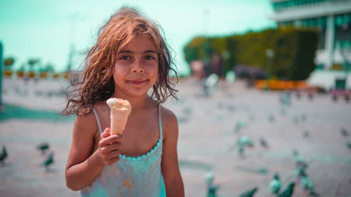 Foto d'estoc gratuïta de fotografia urbana, infant, nen africà, nens