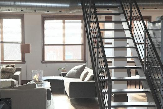 Kostenloses Stock Foto zu stufen, zuhause, dachboden, dekoration