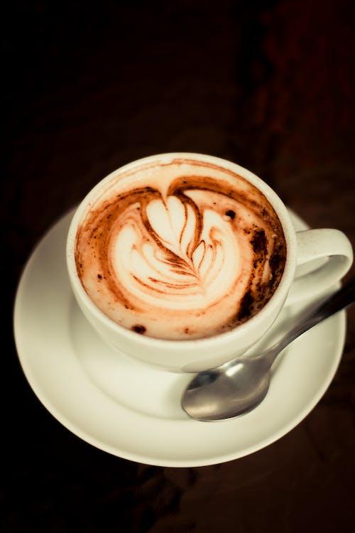 bar cafe, kaffee trinken, kaffeetasse