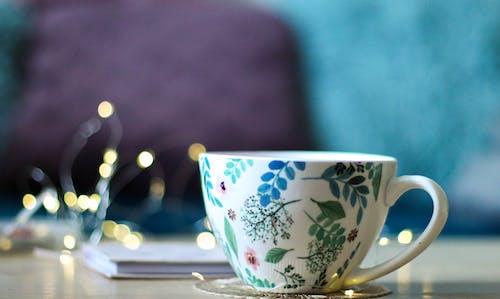 Gratis stockfoto met blauwgroen, fabrieken, kerstlampen, koffie