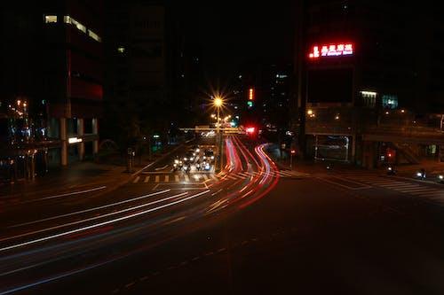 Fotobanka sbezplatnými fotkami na tému autá, centrum mesta, cesta, dlhá expozícia