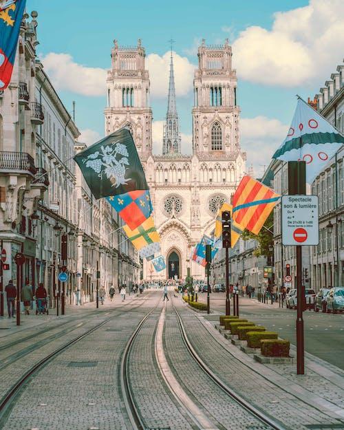 Бесплатное стоковое фото с европа, орлеан, трамвай, трамвайные пути