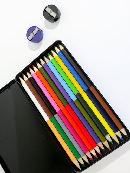 Assorted-color Coloring Pens