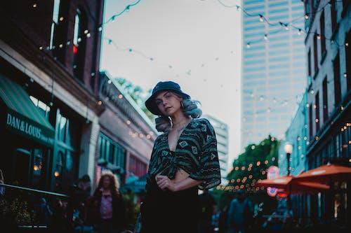 女人, 時尚, 樣式, 穿著 的 免费素材照片