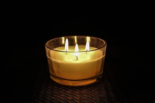 Fotobanka sbezplatnými fotkami na tému oheň, sviečka, večer