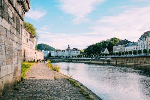 Fotobanka sbezplatnými fotkami na tému architektúra, breh rieky, budovy, cestovať