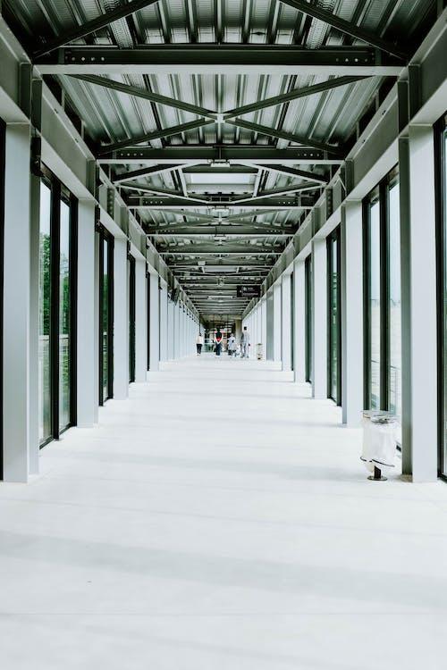 강철, 건축, 걷고 있는, 골이 진의 무료 스톡 사진
