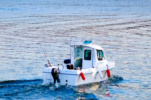 Darmowe zdjęcie z galerii z aberystwyth, brytania, łódź, morze