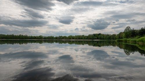 Ảnh lưu trữ miễn phí về bầu trời, hồ, những đám mây, vẫn là nước
