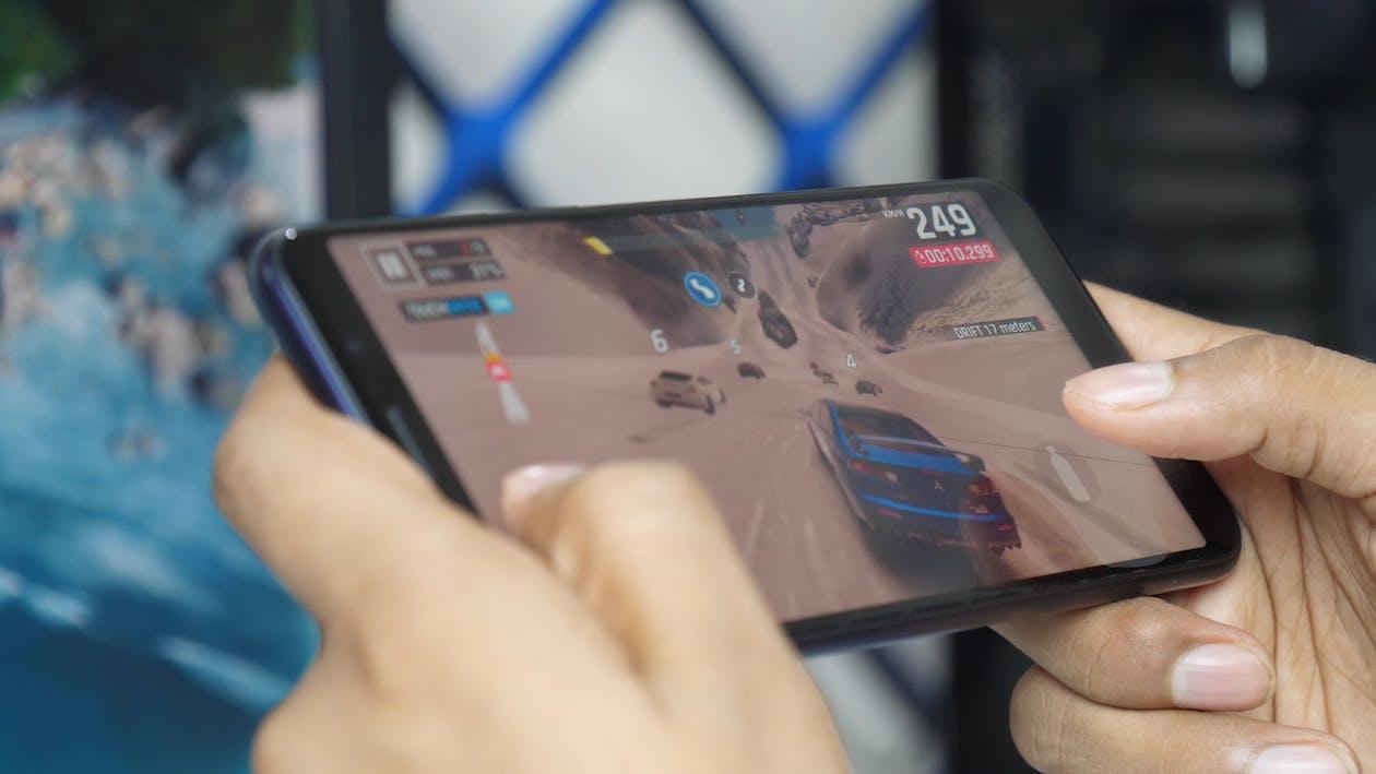 game, mobile, mobile gaming