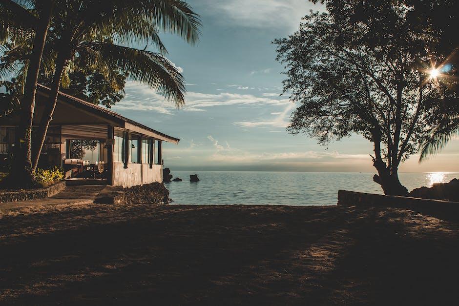 Photo of house near beach