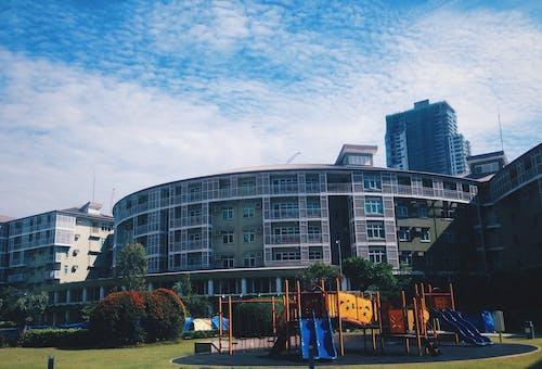 Fotobanka sbezplatnými fotkami na tému apartmán, architektúra, budova, centrum mesta